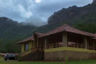 Serenity topslip resort, pollachi resorts, farm stay, home stay, sethumadai,