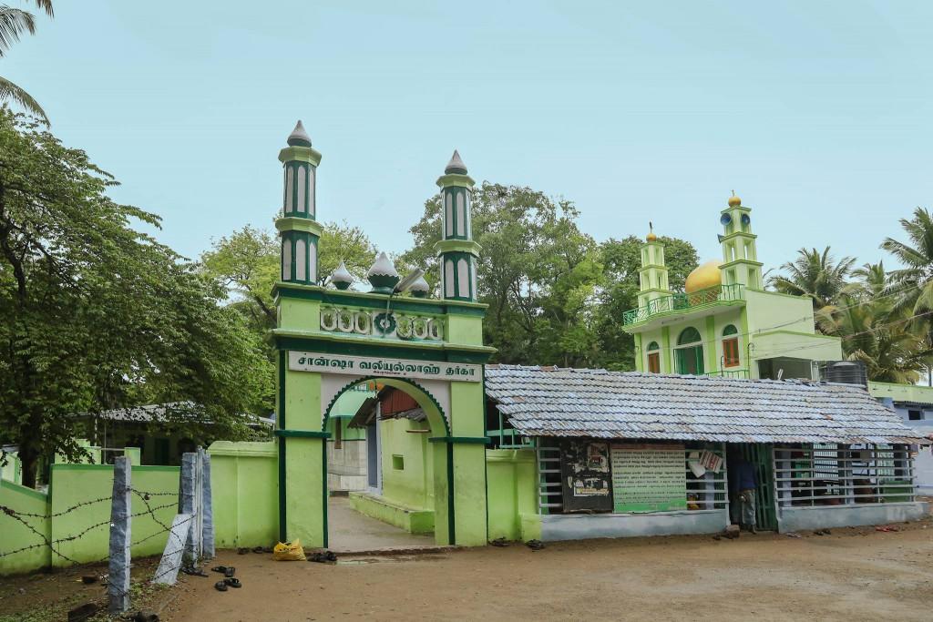 pollachi, pollachi papyrus, pollachi sight seeing, pollachi places to see, ambarampalayam, trade route, roman coins, prasanda vinayagar temple, ambarampalayam dargah
