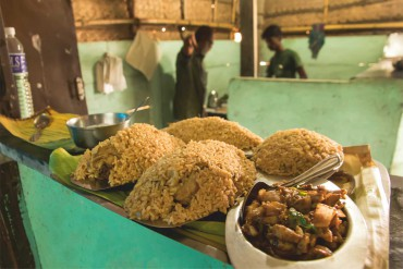 arcot biriyani, local treats, sungam biriyani, taj biriyani, places to eat in pollachi, local food joint, best non vegetarian restaurant,