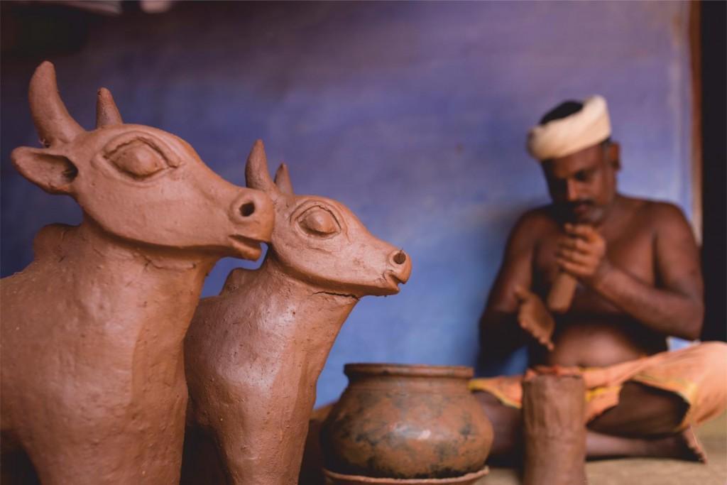 pottery making, village tour, pollachi papyrus, day trips. thadam experiences,  pollachi, valparai,