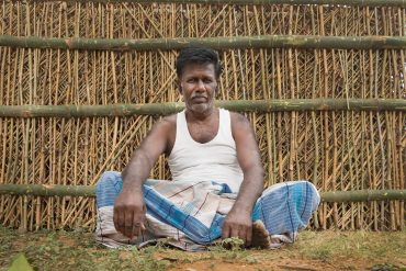 arthanaaripalayam, pollachi, fencing, bamboo weaving, bamboo, village tour, bamboo fence making, pollachi papyrus, thadam experiences, people of pollachi